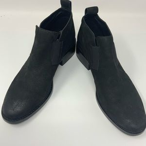Eileen Fisher Black Vero Cuoio Suede Booties